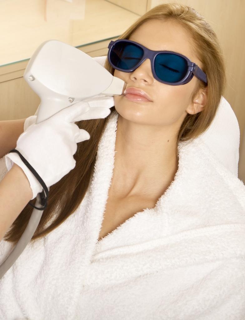 Laserowe usuwanie wąsika bydgoszcz
