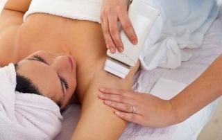depilacja laserowa pachy kobiety