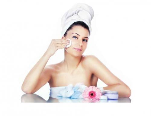 Kosmetologia estetyczna na co dzień: jak dbać o siebie, by zachować młodość na dłużej